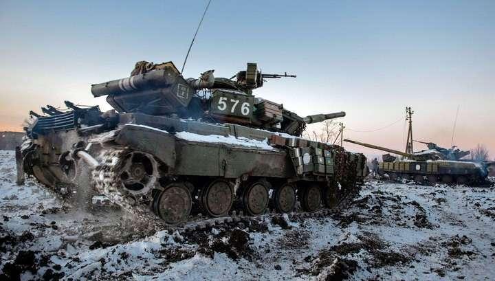 Киев готов к отводу военной техники из Донбасса