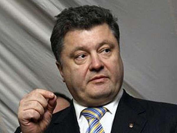 Порошенко упрекает власти и милицию в бездействии в связи с ситуацией на востоке Украины