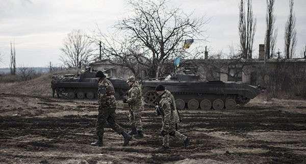 Брошенные командирами силовики в Дебальцево сдались в плен. 311884.jpeg