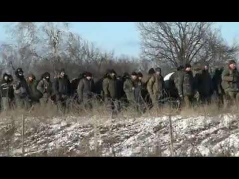 Украинские пленные в Дебальцево.