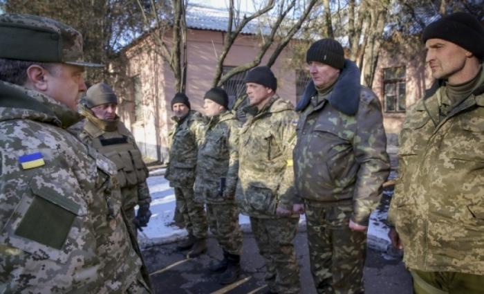 NYT обвинила Порошенко в огромных жертвах под Дебальцево