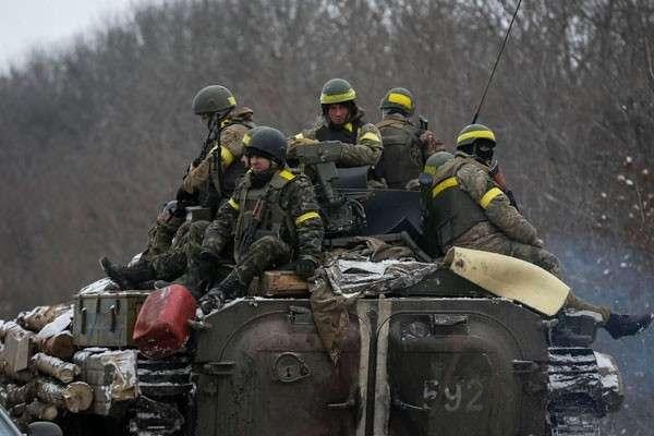 New York Times о Дебальцево: раненых и убитых оставляли на снегу, многие солдаты выбирались пешком