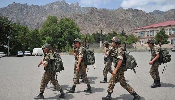 ВАрмении 50 граждан республики приняли присягу для службы вроссийских погранвойсках