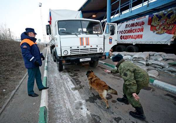 Очередная, 16-я гумколонна для Донбасса отправилась на юг России