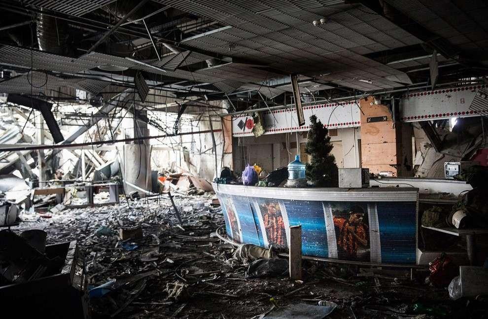 Донецкий аэропорт: внутри здания