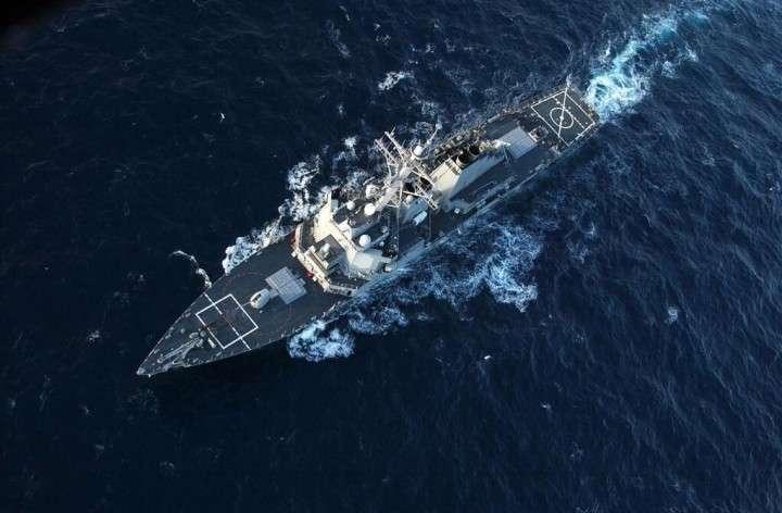 Российский истребитель облетел эсминец «Дональд Кук» в Чёрном море