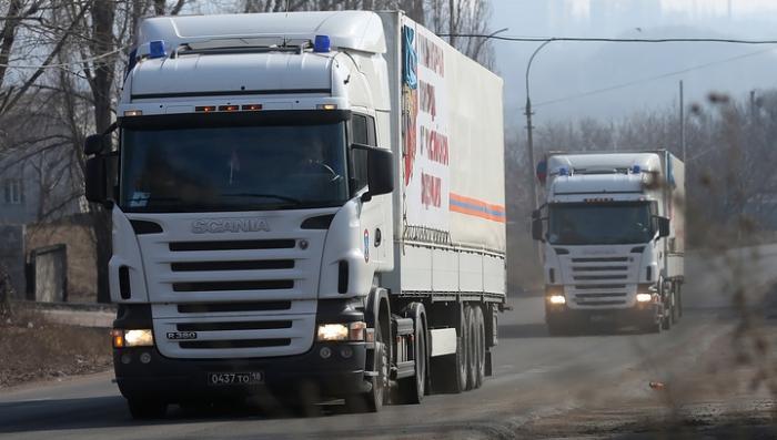 Гуманитарный конвой МЧС РФ с помощью для Донбасса прошёл таможню