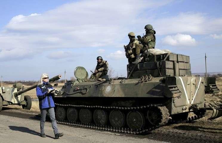 ОБСЕ не может подтвердить полноценный отвод техники в Донбассе