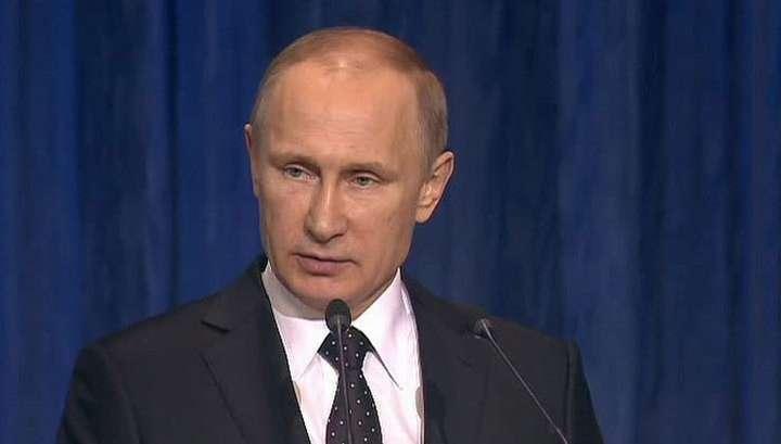 Владимир Путин поручил оказать помощь семьям погибших в Донбассе горняков