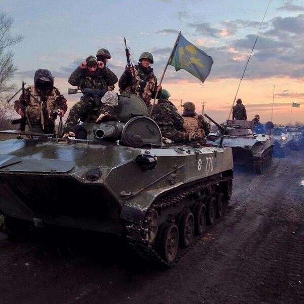 ИТАР-ТАСС. Войска Хунты движутся к Славянску