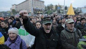 Два кандидата в президенты Украины подверглись нападениям