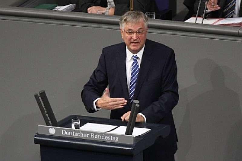 Немцы в Бундестаге растеряны: «Пусть русские приходят!»