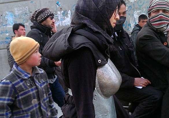 Сексуальное домогательство в мусульманских семьях видео