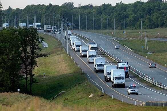 Украинские пограничники не пустили гуманитарную помощь для ДНР и ЛНР. гуманитарная помощь колонны