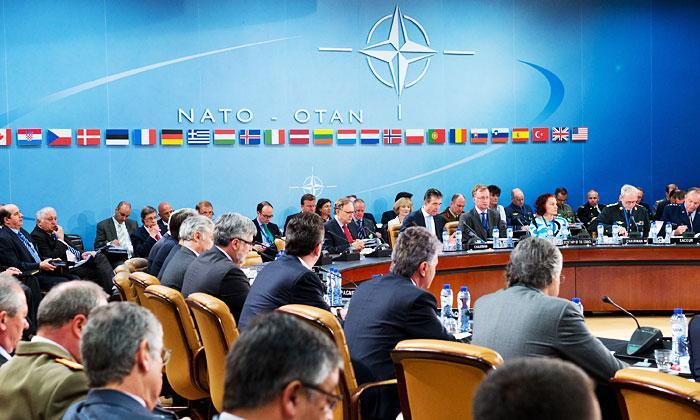 НАТО закрывает дверь перед Киевом