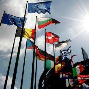 Европарламент как будто живёт на другом Глобусе