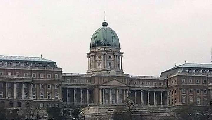 Евросоюз божится, что не блокировал контракт России и Венгрии по АЭС