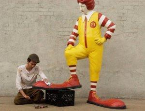 Макдональдс обвинили в невыплате налогов на €1 млрд