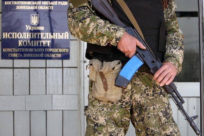 Ребенок погиб под колесами БМД в украинской Константиновке