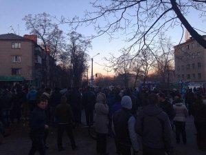 Милиции разрешено стрелять на поражение в случае провокаций в ходе протестов в Константиновке