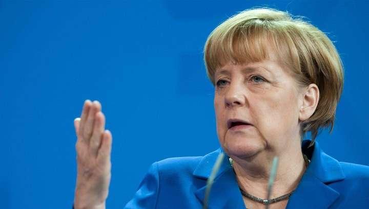Меркель теперь не удастся уклониться от празднования Дня Победы