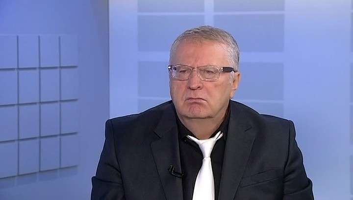 Жириновский: праздновать День Победы где-либо кроме России - абсурд