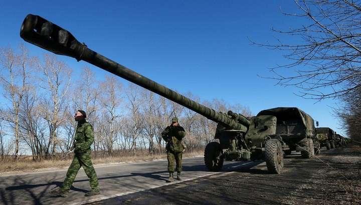 Киевская Хунта не отводила тяжёлые вооружения
