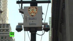 На улицах Нью-Йорка размещают скрытые микрофоны