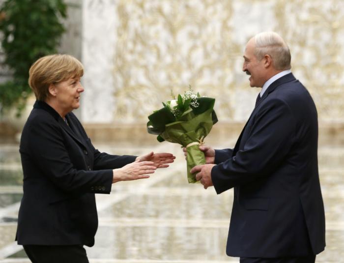 Пиндосы начинают угрожать Германии