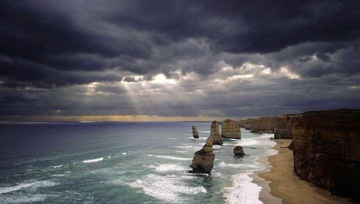 На Австралию надвигается тропический циклон