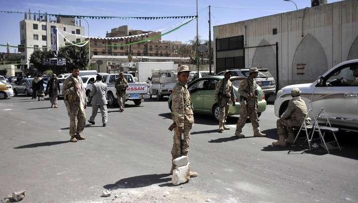 Шиитские боевики захватили авиабазу в Йемене