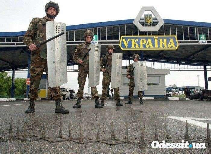 Украина не для мужчин.Киев официально подтвердил ограничения на въезд в страну, наложенные на россиян