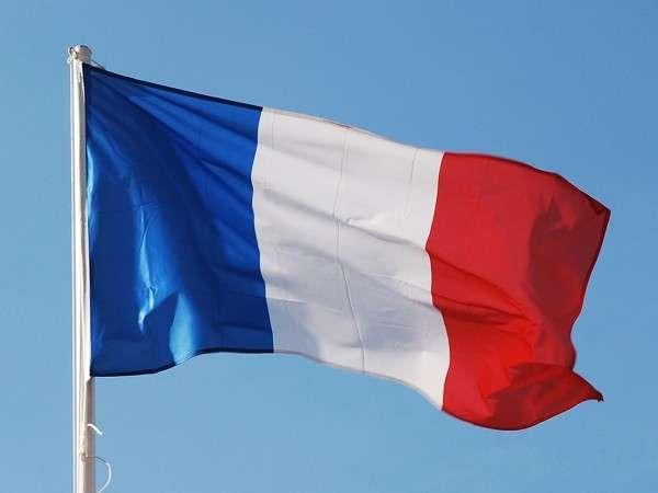Во Франция ощутимо ограничат использование наличных денег