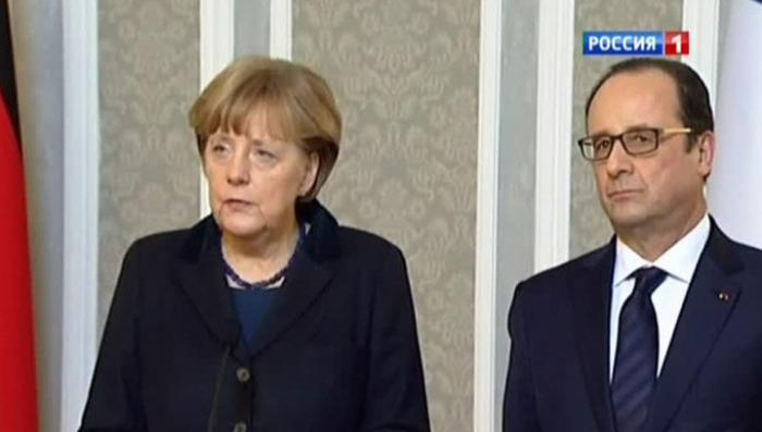Меркель, Олланд и Рахой прибыли на место крушения Аэробуса в Альпах