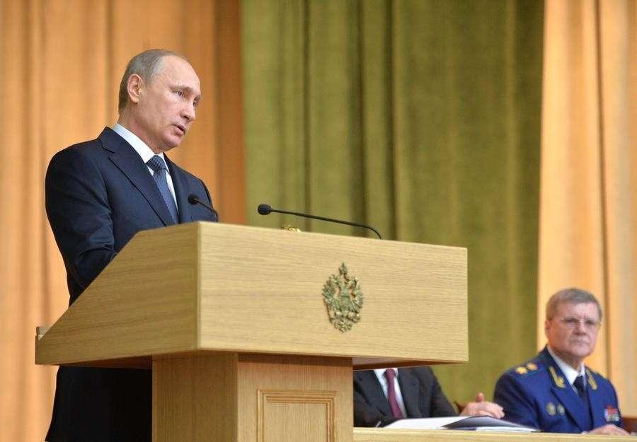Владимир Путин: Против России планируются акции во время выборов 2016 и 2018 годов
