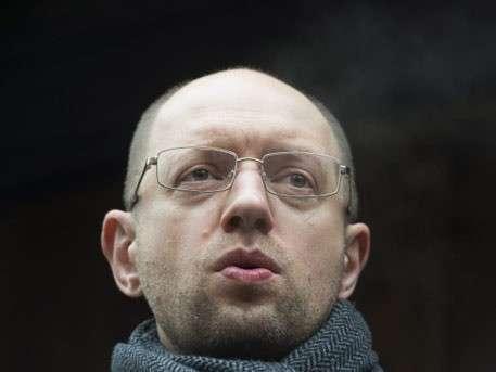 Яценюка вызвали на допрос в генпрокуратуру Украины