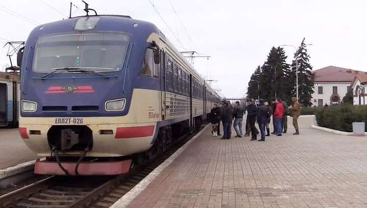 Донецк и Луганск восстановили железнодорожное сообщение