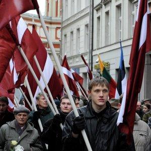 После вступления в ЕС и НАТО, в Прибалтике расцвёл нацизм