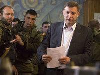 Захарченко разоружает незаконные вооружённые формирования в ДНР