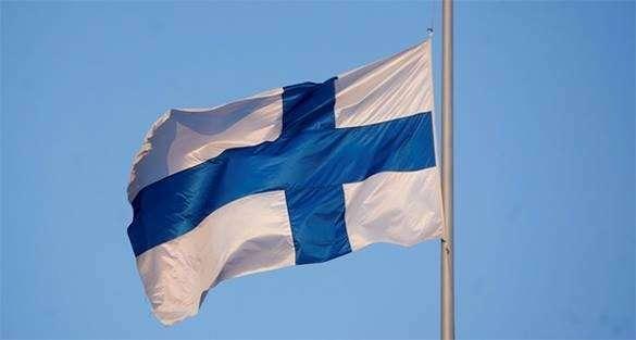 Минобороны Финляндии пообещал заступиться за Прибалтику. флаг Финляндии