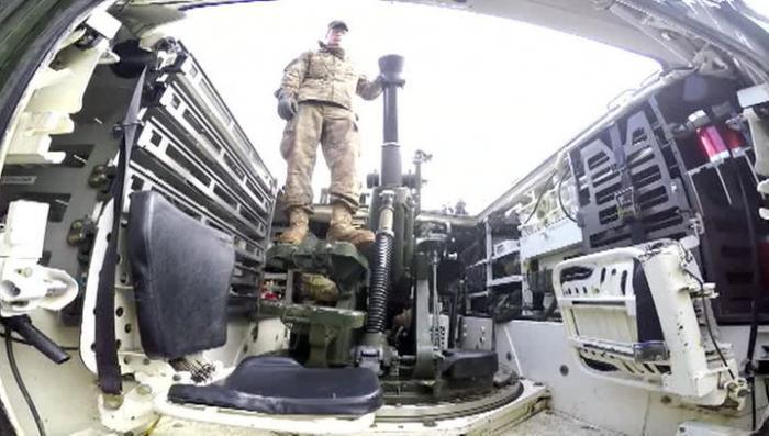 Прогулка пиндосов по Европе: солдаты НАТО чинят поломки и мечтают о пиве
