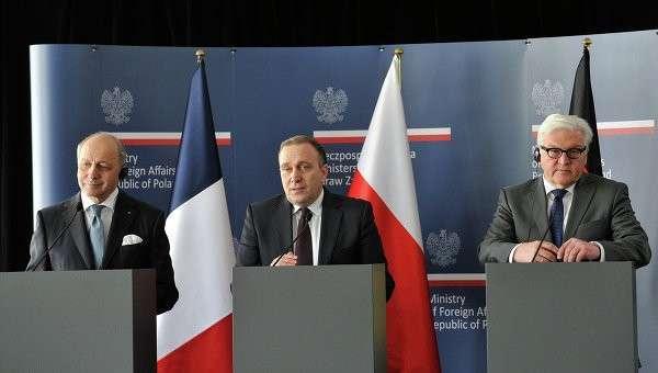 Министры иностранных дел Франции Лоран Фабиус, Польши Гжегож Схетына и Германии Франк-Вальтер Штайнмайер