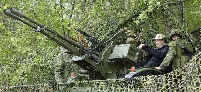 Президент Эстонии решил не бомбить Россию
