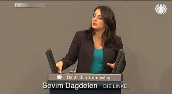 Депутат бундестага призвала к массовым протестам против агрессии НАТО