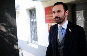 Илью Пономарёва лишат депутатской неприкосновенности