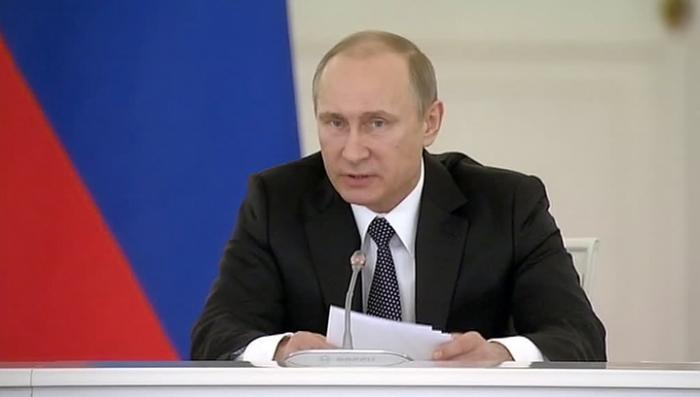 Владимир Путин призвал оградить бизнес от взяток и крышевания