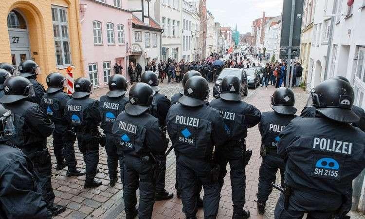 Как встречали глав МИД стран G7 в Германии, задержаны демонстранты