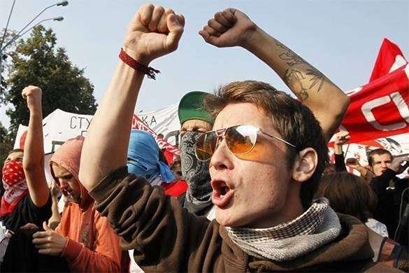 В Варшаве проходят массовые манифестации против политики прозападных властей. 317652.jpeg