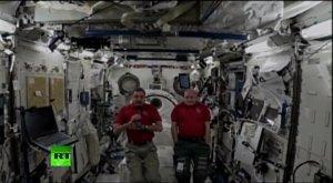 Экипаж МКС ответил на вопросы читателей RT