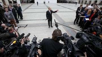 Как СМИ стали самым мощным оружием в руках Путина